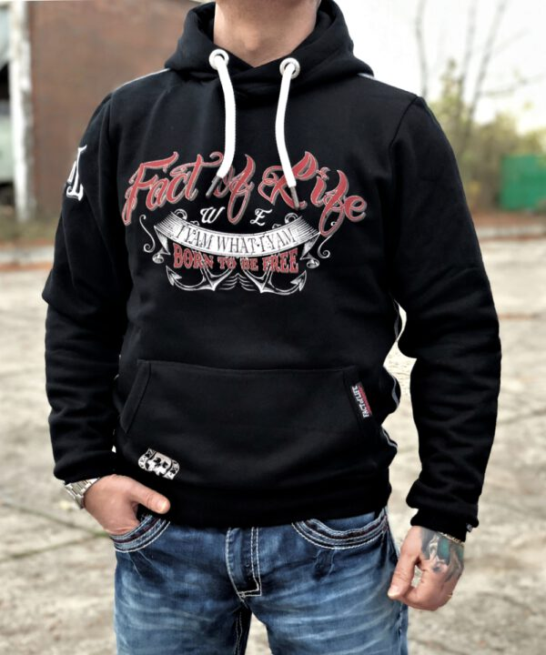 Born To Be Free Hoodie black