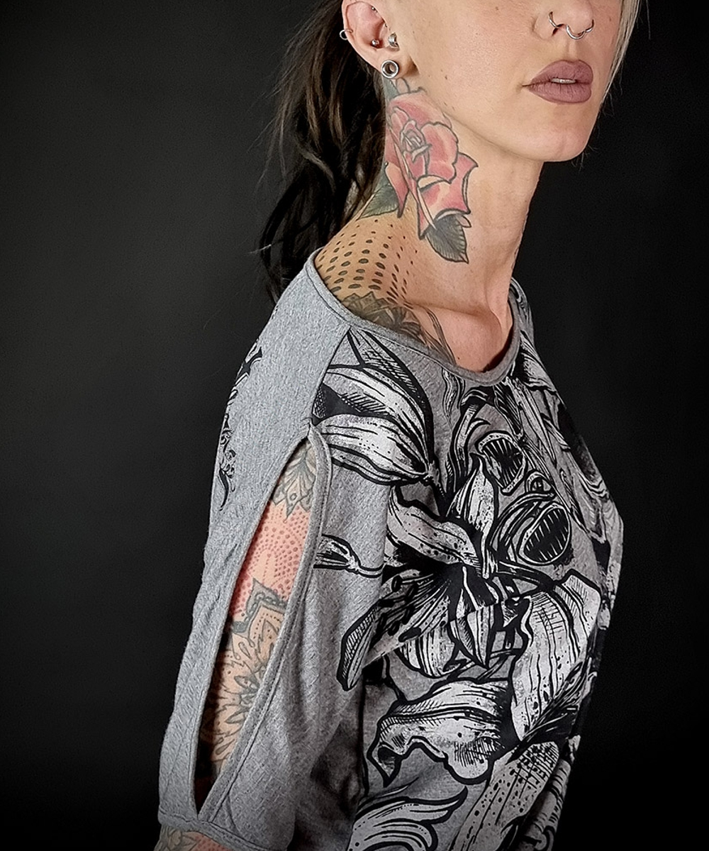 "Hyraw Damen T-Shirt ""SKULL AND FLOWERS"" grey"